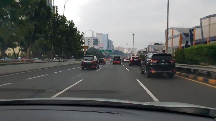 Macet di Jakarta meski PSBB
