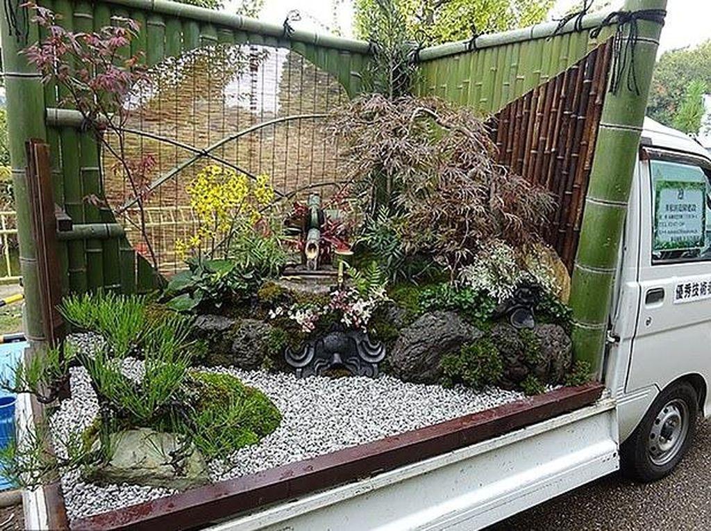 Lomba Unik di Jepang: Adu Cantik Taman di Bak Mobil Pickup