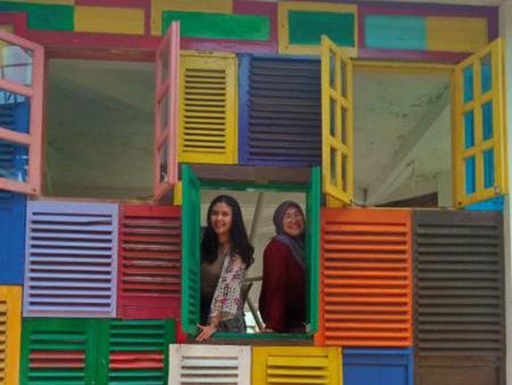 Rumah Jendela Inspirasi, Tongkrongan Kekinian untuk Millennial