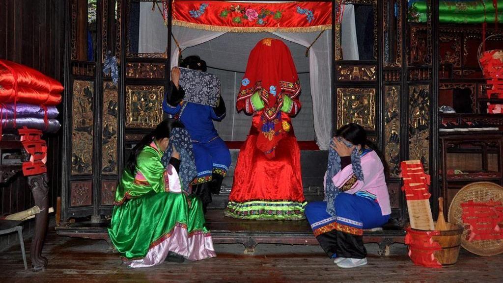 Potret Tradisi Menangis Sebelum Menikah di China