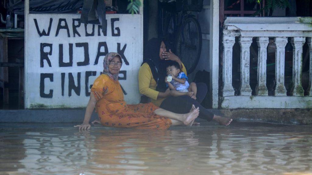 Selain Diterpa Corona, Pasuruan dan Madiun Juga Kebanjiran