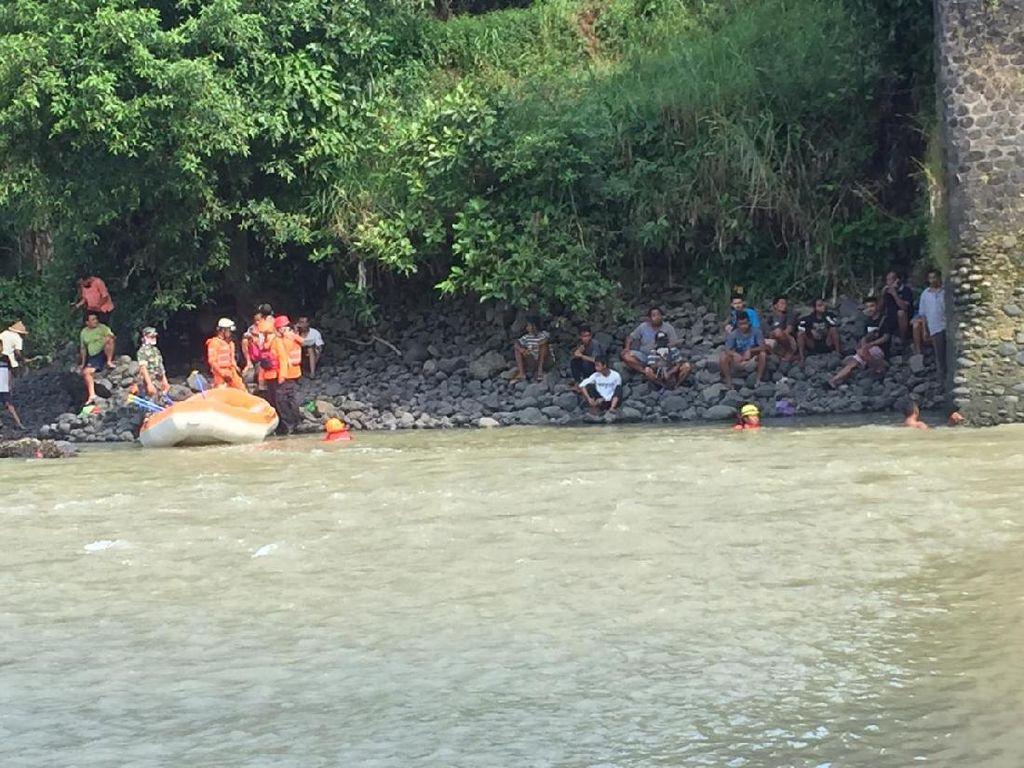 Bocah 10 Tahun Asal Banjarnegara Diduga Tenggelam di Sungai Serayu