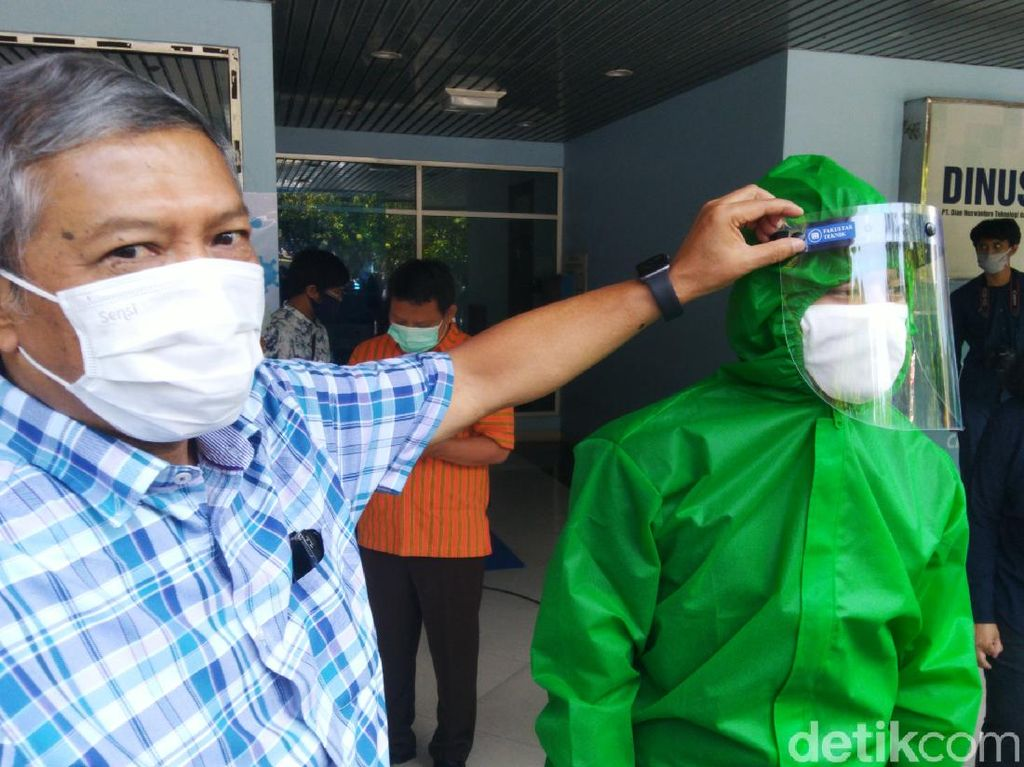 Pandemi Corona, Udinus Semarang Bagi-bagi Kuota hingga APD