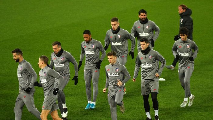 LIVERPOOL, ENGLAND - MARCH 10: Players train during an Atletico Madrid Training Session at Anfield on March 10, 2020 in Liverpool, United Kingdom. Atletico Madrid will face Liverpool FC in their UEFA Champions League round of 16 second leg match on March 11, 2020. (Photo by Jan Kruger/Getty Images)