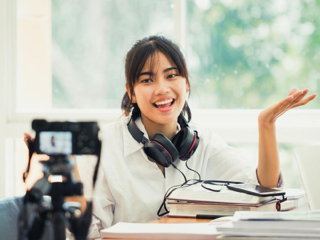 Bosan #DiRumahAja? Tingkatkan Soft Skill dengan Ikut Kursus Online