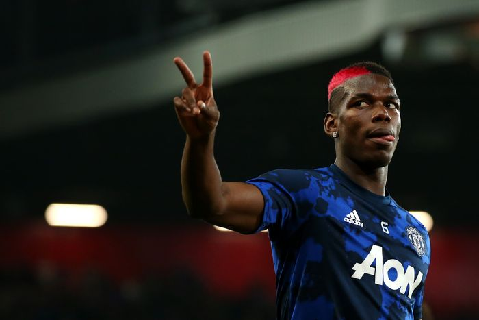 MANCHESTER, ENGLAND - SEPTEMBER 25:  Paul Pogba of Manchester United warms up prior to the Carabao Cup Third Round match between Manchester United and Rochdale AFC at Old Trafford on September 25, 2019 in Manchester, England. (Photo by Alex Livesey/Getty Images)