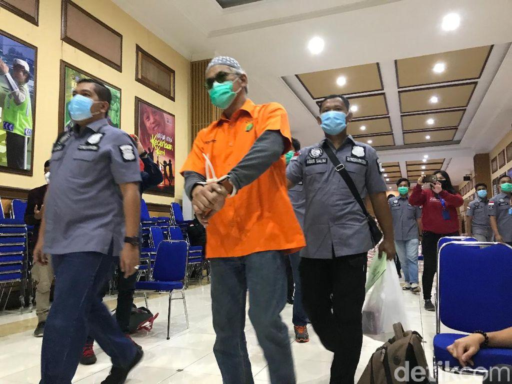 Terjerat Kasus Narkoba Lagi, Tio Pakusadewo Unggah Foto Ini di Instagram