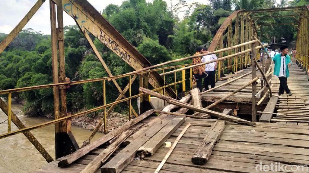 3 Orang Tewas Akibat Jembatan Rapuh di Perbatasan Sukabumi-Cianjur