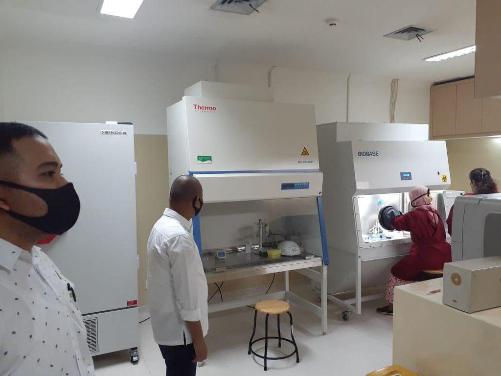 Didatangi DPRD Sumut, USU Pamer Kesiapan Laboratorium untuk Tes Corona