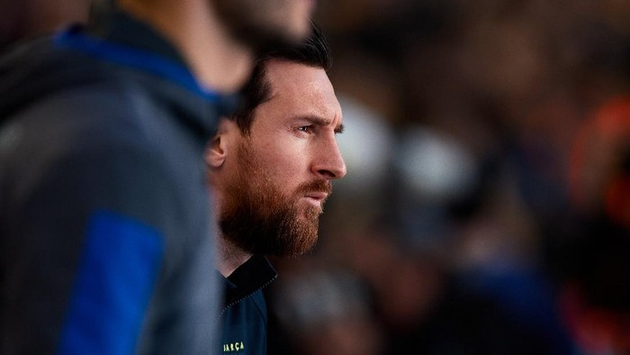 BARCELONA, SPAIN - MARCH 07: Lionel Messi of FC Barcelona enters the pitch before the Liga match between FC Barcelona and Real Sociedad at Camp Nou on March 07, 2020 in Barcelona, Spain. (Photo by Alex Caparros/Getty Images)