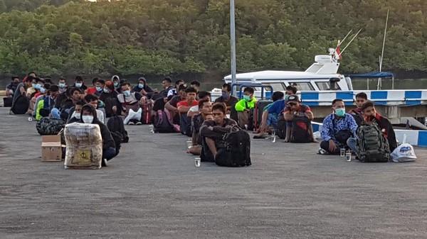 47 TKI ilegal mudik lewat pelabuhan tikus di Batam