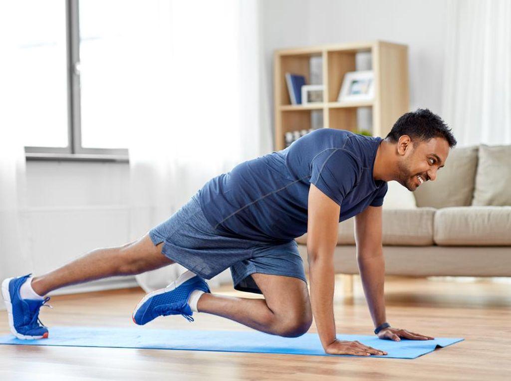 4 Pilihan Olahraga di Rumah untuk Jaga Kebugaran Tubuh