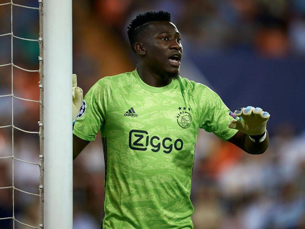Kiper Ajax Ini Ingin Pulang ke Barcelona, tapi...