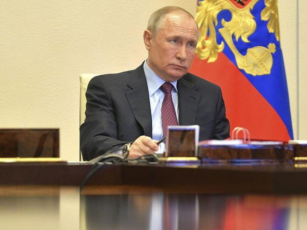 Ketika Presiden Rusia Vladimir Putin Ditanya Pilih Trump atau Biden?