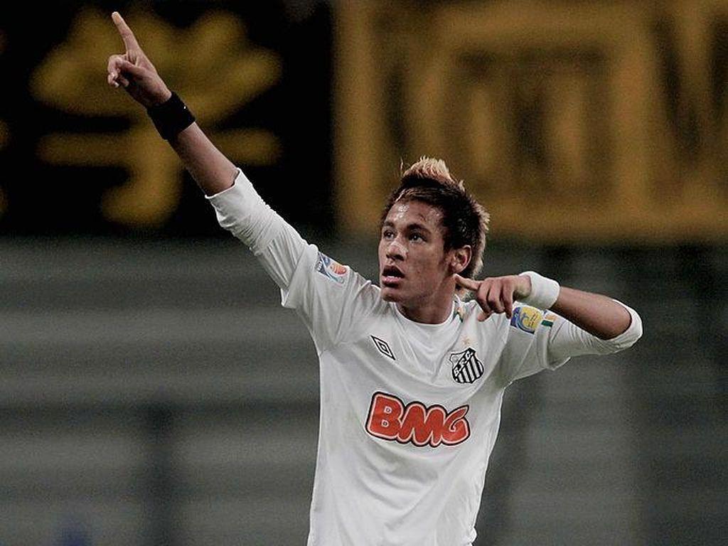 Ultah ke-108 Klub yang Lahirkan Pele, Robinho, dan Neymar
