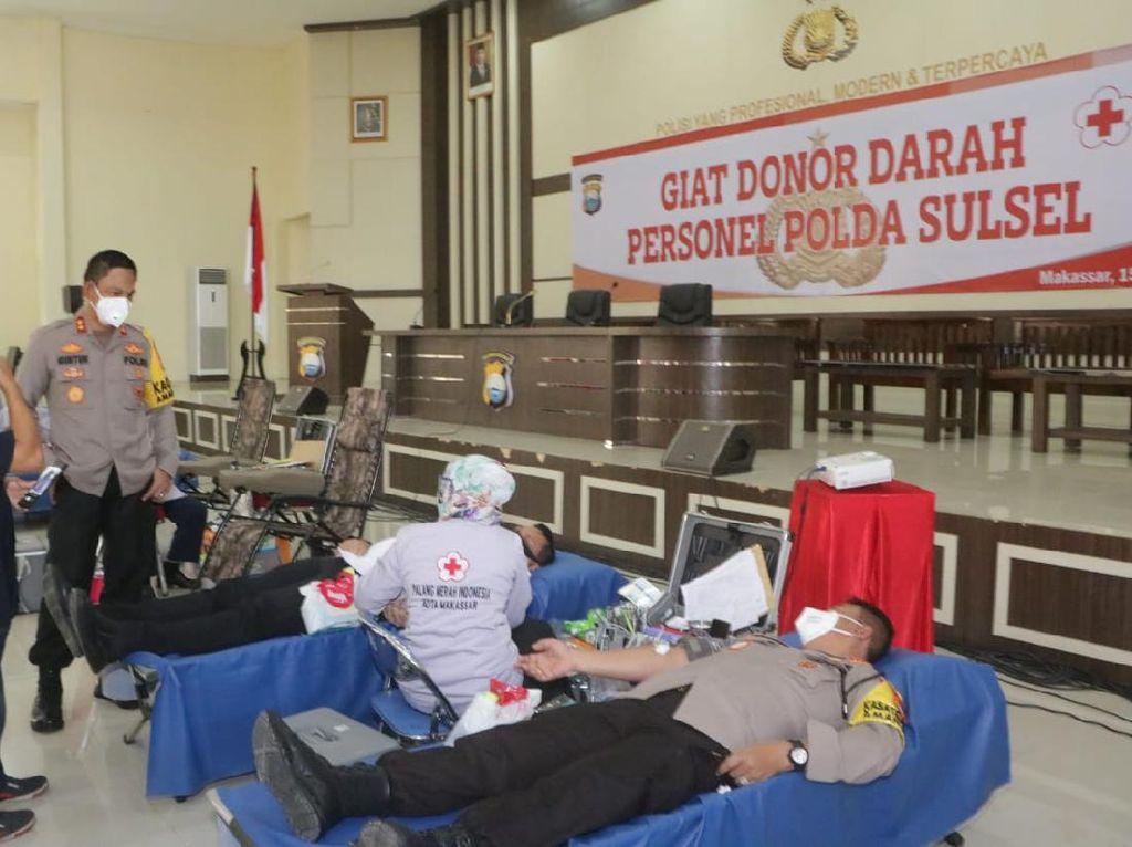 Bantu Stok Darah PMI Saat Pandemi Corona, Polda Sulsel Gelar Donor Darah