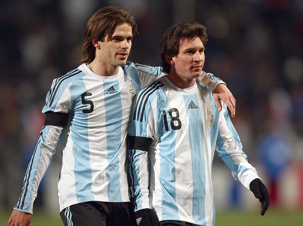 Cara Menjadi Pelayan yang Baik untuk Messi Ala Gago