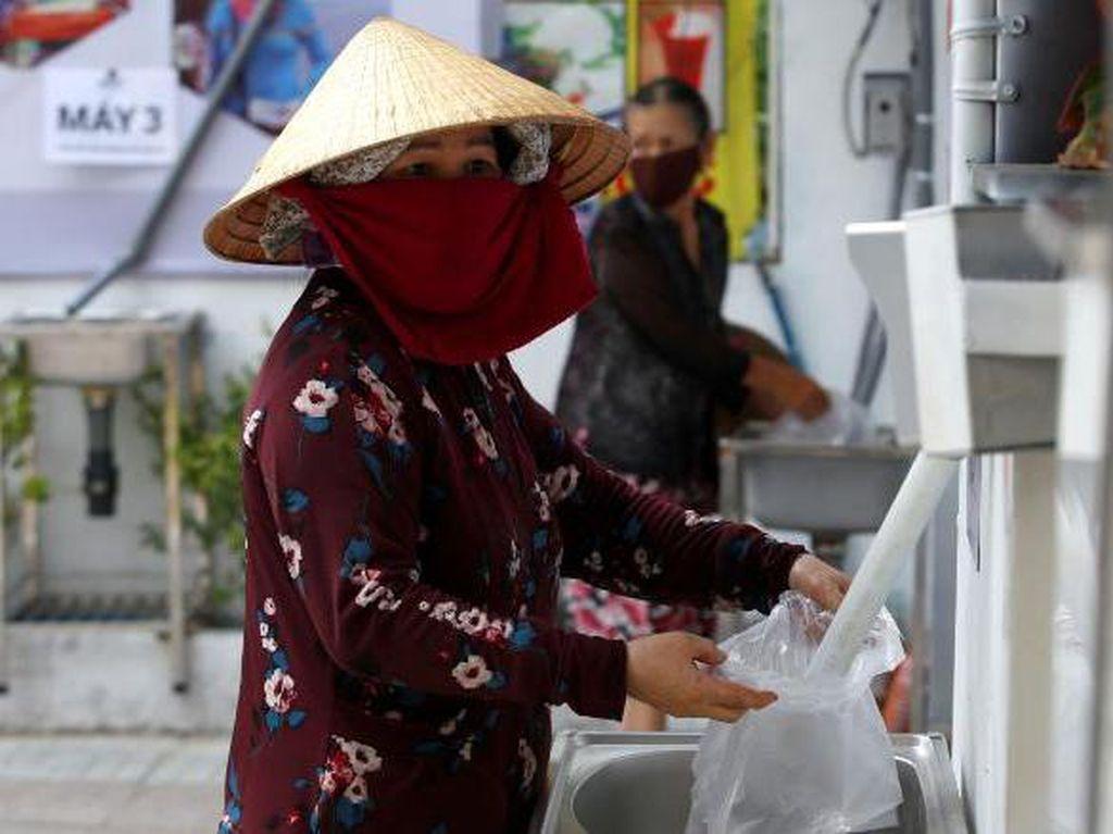 ATM Beras Gratis untuk Warga... Vietnam
