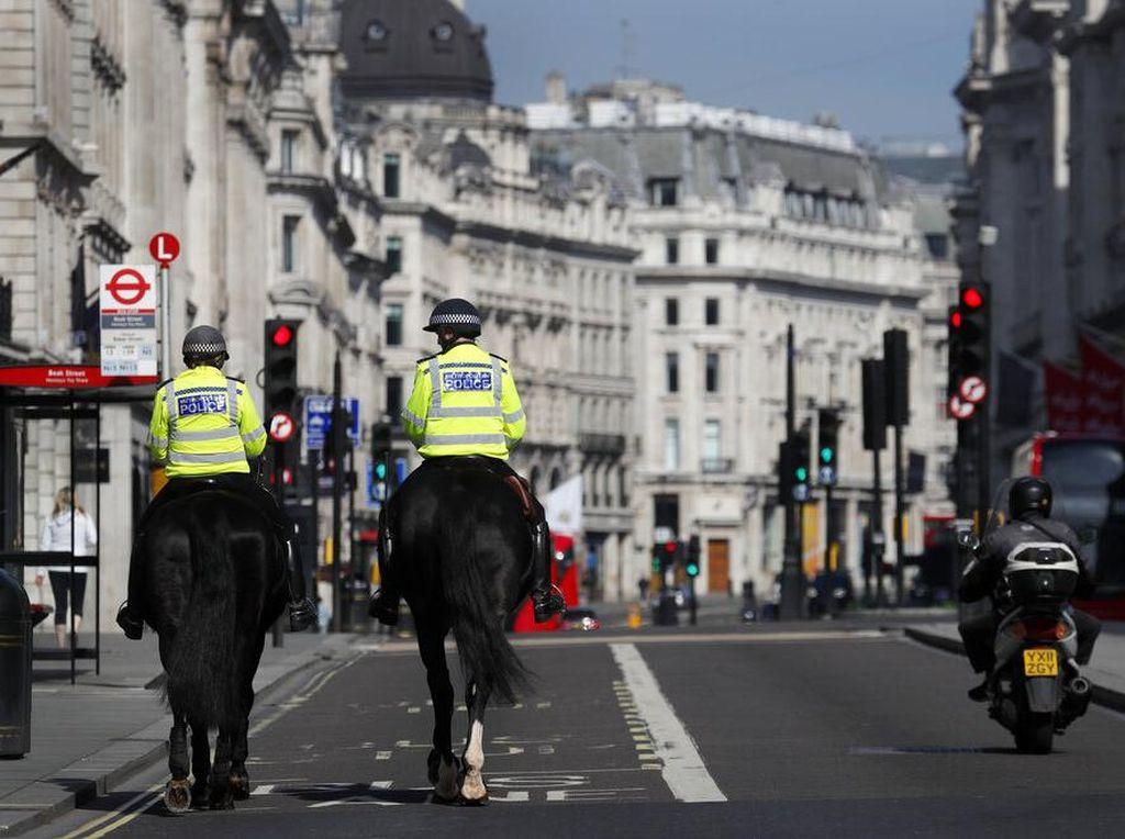 Hampir 13.000 Meninggal karena Corona, Inggris Akan Perpanjang Lockdown