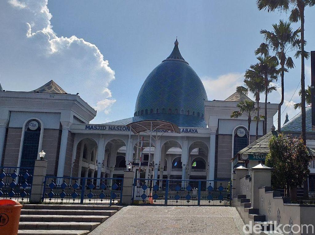 Begini Prokes Masjid Al Akbar Surabaya Saat Gelar Tarawih
