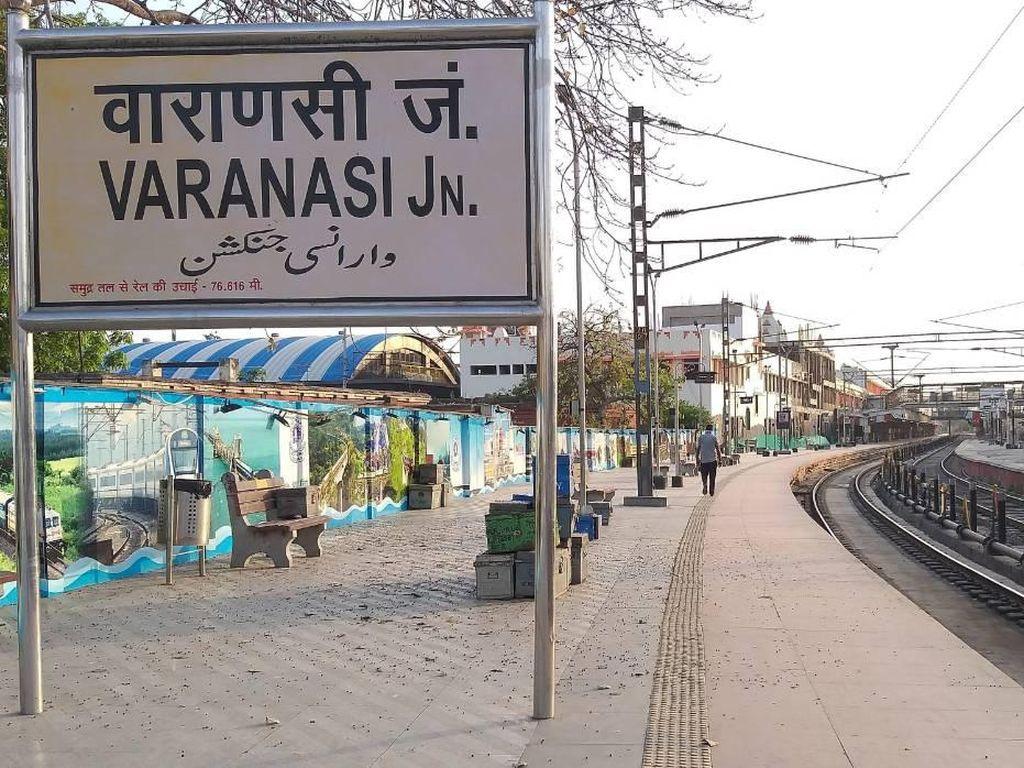 Kisah Miris Lockdown India, Terjebak di Stasiun Kereta Tanpa Kereta