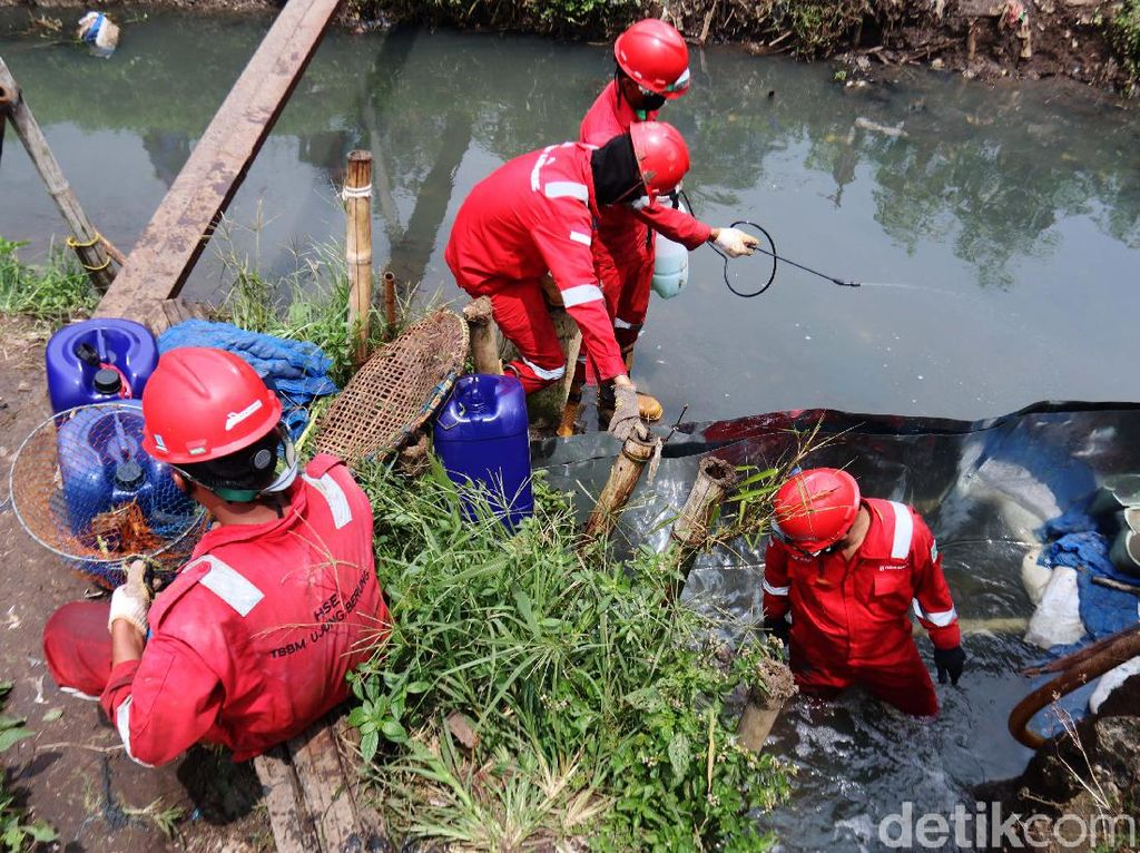 Pipa Pertamina Bocor, Cemari Sungai Cinambo