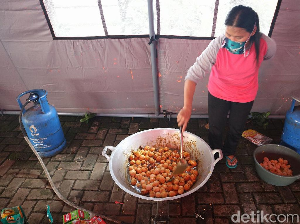 Kota Bekasi Sediakan 12 Dapur Umum Selama PSBB COVID-19