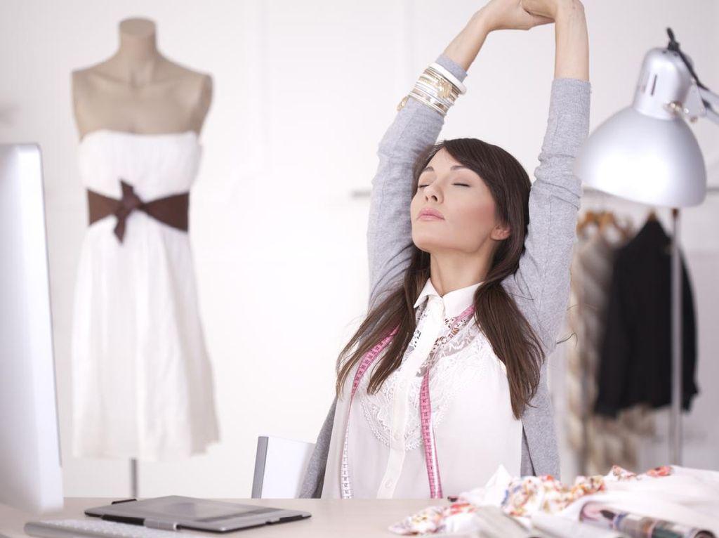 Biar Bebas Pegal, Ini 5 Cara Jaga Postur Tubuh Selama Work from Home