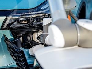 Selangkah Menuju Holding Baterai Mobil Listrik