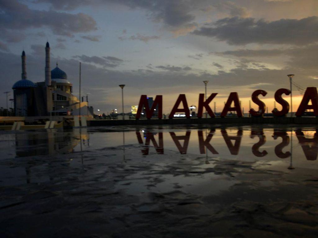 Pemkot Makassar Tak Larang Warganya Keluar Rumah Asal Patuhi Protokol Kesehatan