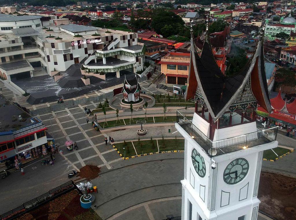 5 Fakta Jam Gadang, Ikon Sumatera Barat yang Wajib Dikunjungi