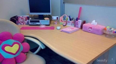"""dekorasi meja kerja nyaman yang bikin """"feeling good"""" ala"""