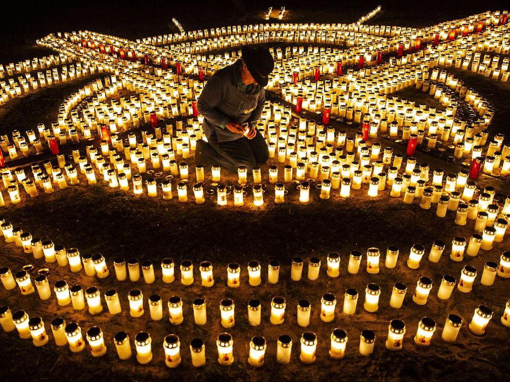 Ribuan Lilin Dinyalakan di Jerman Kenang Korban COVID-19