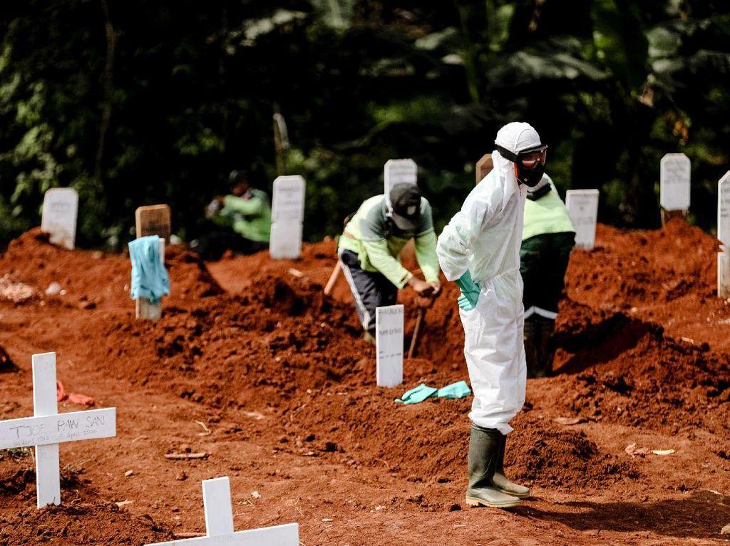 Kisah Penggali Kubur Jakarta Disorot Dunia
