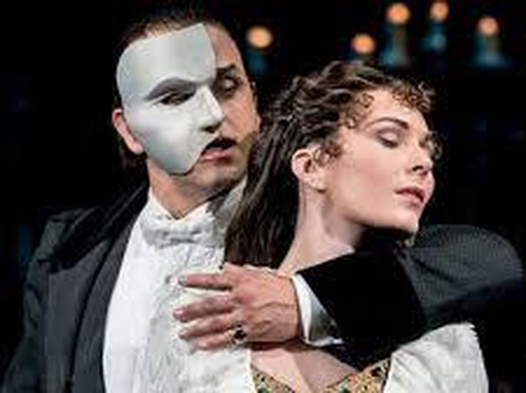Bawa Broadway ke Rumah! Saksikan Streaming The Phantom of the Opera