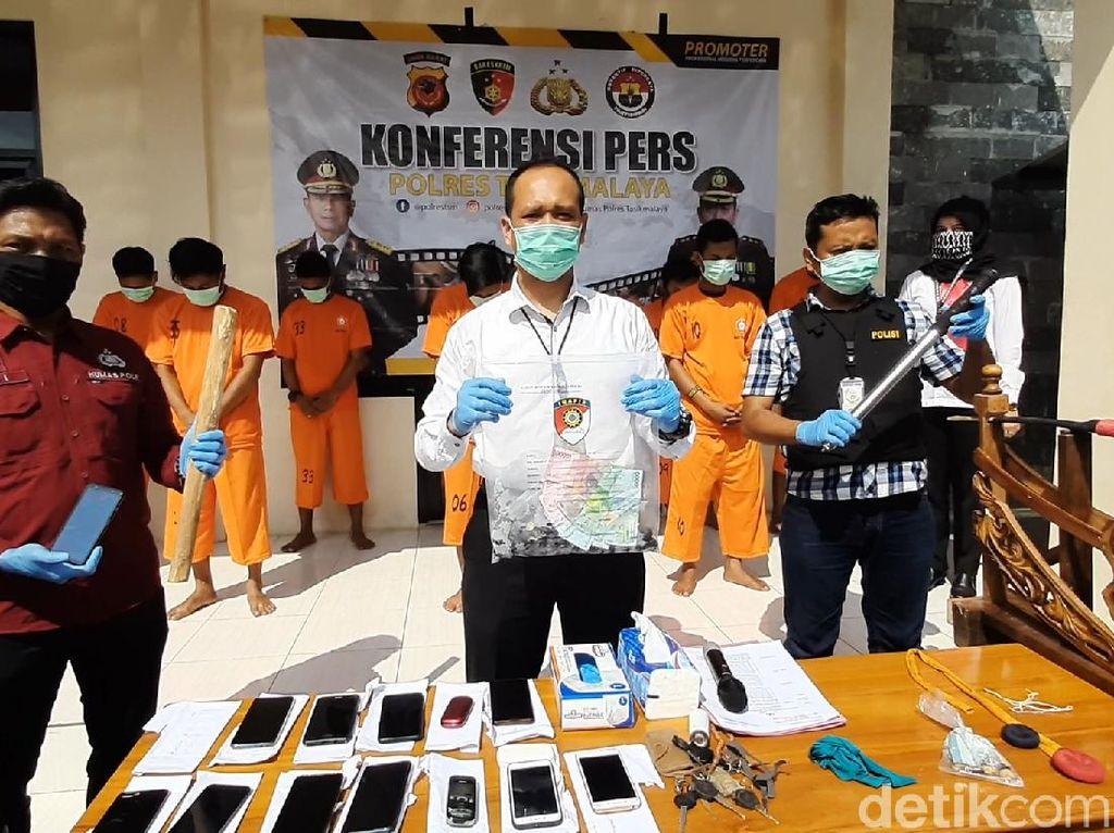 Kepergok Judi Adu Muncang, 19 Pria Tasikmalaya Ditangkap Polisi