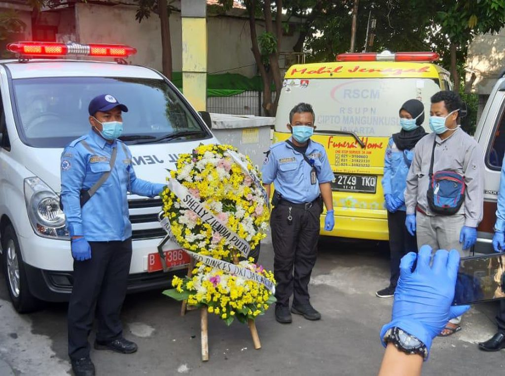 Viral Perawat Ambulans Gawat Darurat DKI Meninggal Berstatus PDP Corona