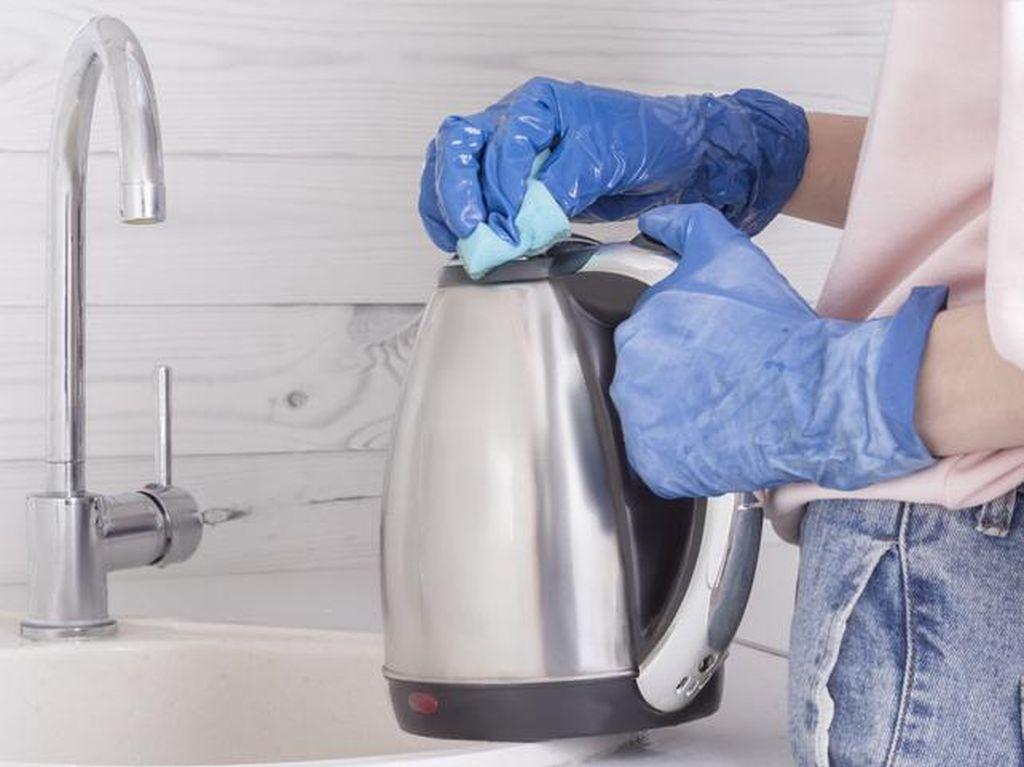 Tips Bersihkan Alat Dapur Agar Nyaman Masak di Bulan Ramadhan