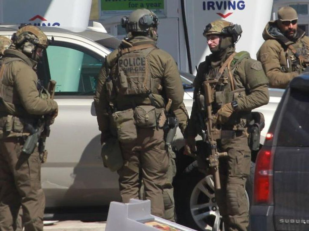 Penembakan di Kanada Tewaskan 16 Orang, Pelaku Menyamar Jadi Polisi