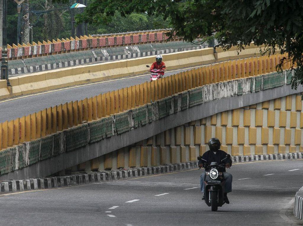 Laksanakan Permenhub Larangan Mudik, Polisi Tutup Perbatasan Pekanbaru