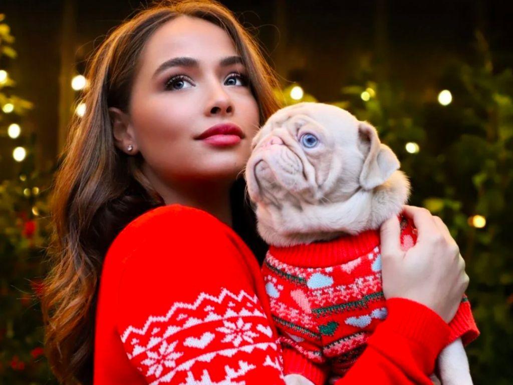 Kenalin, Anjing Pink Lucu Idola Baru di Instagram