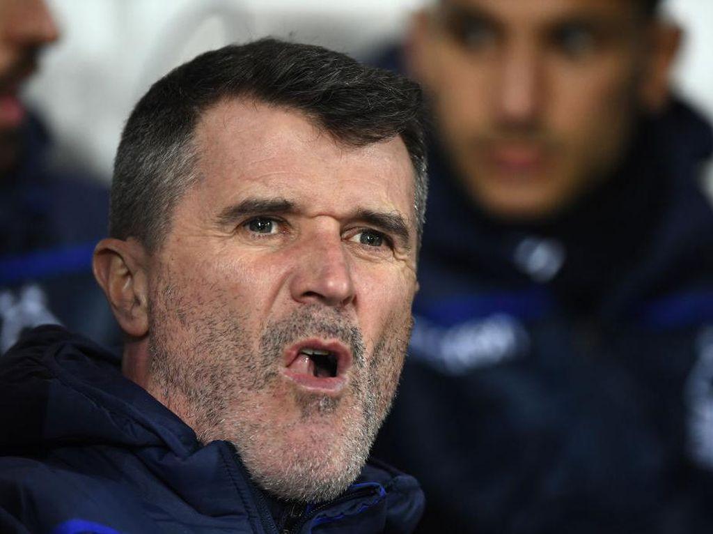 Kejamnya Keane sebagai Pandit, Ungkit Carragher 0 Gelar Premier League
