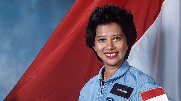 Pratiwi Sudarmono, Calon Astronaut Wanita Pertama Indonesia