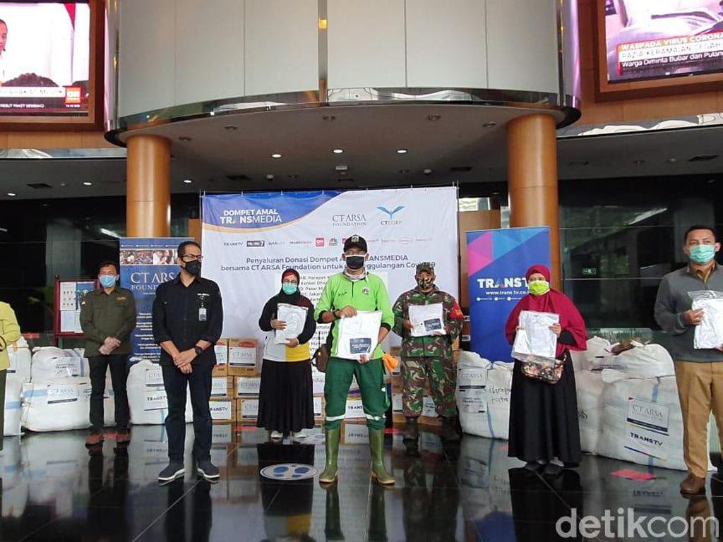 Dompet Amal TRANSMEDIA dan CT ARSA Salurkan Donasi Tahap Ketiga
