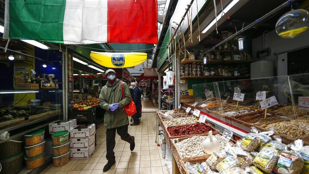 Geliat Aktivitas Warga Italia di Tengah Rencana Pencabutan Lockdown