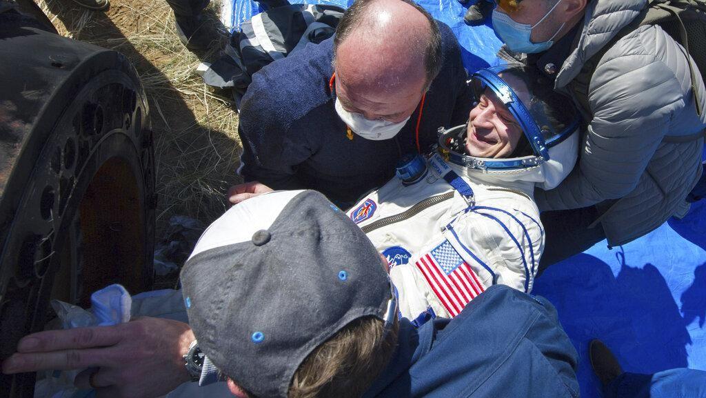 Momen Astronaut Balik ke Bumi yang Berbeda Gegara Corona