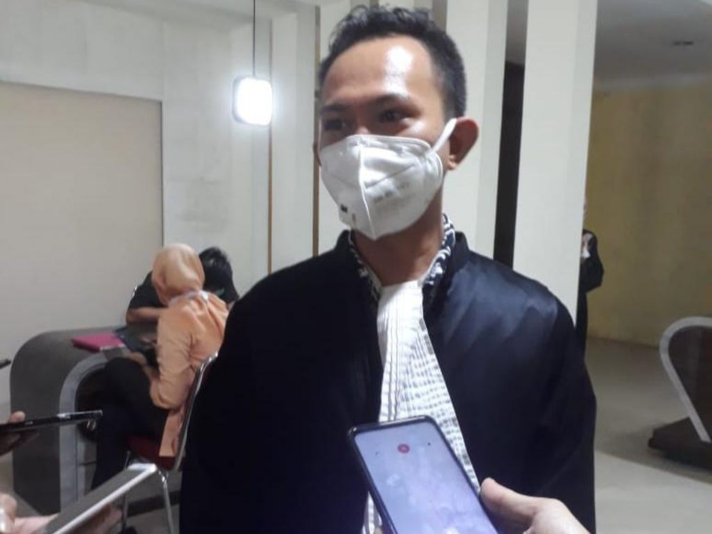 Didakwa Menipu, Eks Bendahara Brimob Polda Sulsel Dituntut 3 Tahun 10 Bulan Bui