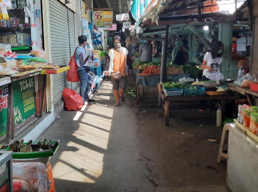 Dampak Corona, Pasar di Surabaya Sepi Pengunjung Jelang Ramadhan