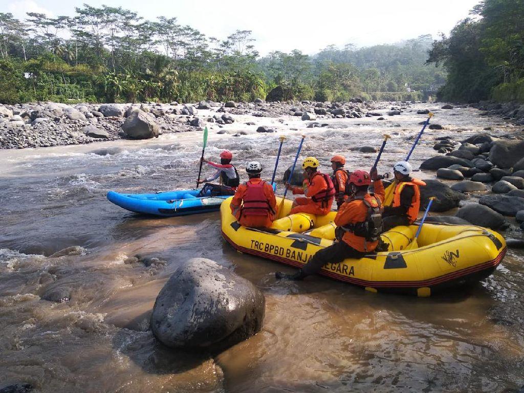 1 dari 2 Orang yang Hanyut di Sungai Merawu Banjarnegara Ditemukan Tewas