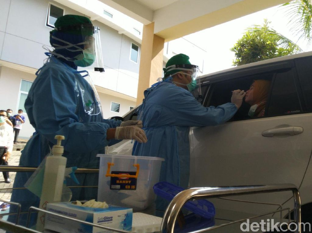 Pertama di Jateng, Tes Swab Corona Drive Thru di RSND Undip Semarang